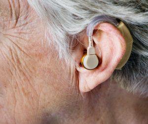 Statistique sur la dépendance des seniors: limitations sensorielles des personnes âgées de 75 ans ou plus